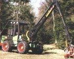 Auf der Basis eines Radladers ab 1990 von der Firma Wahlers Forsttechnik produziert